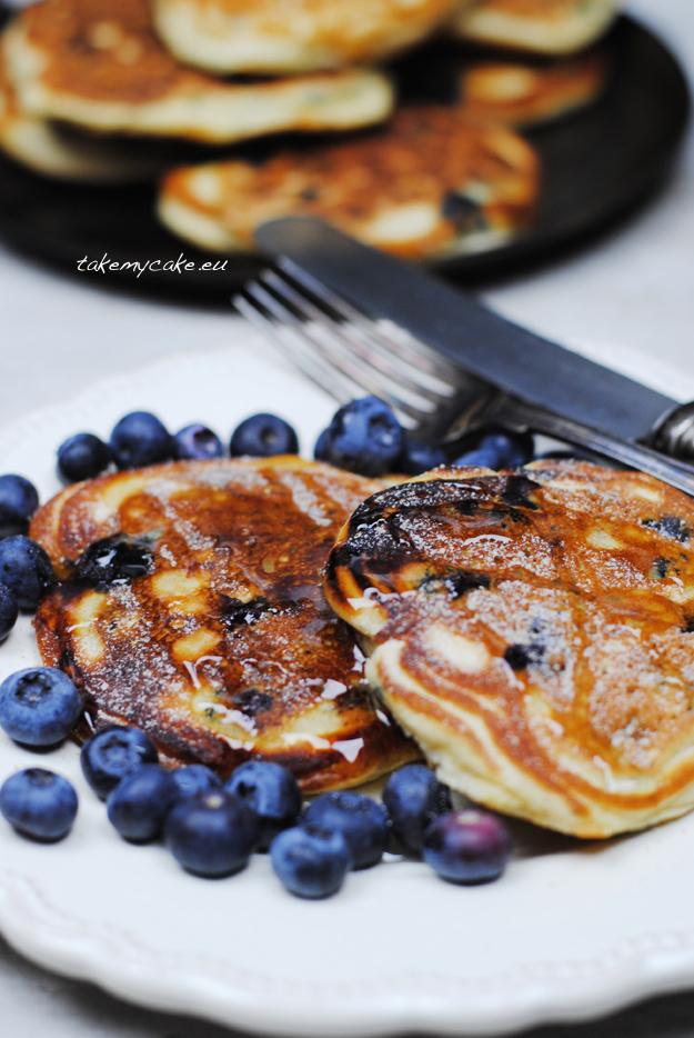 pancakes z borowkami2