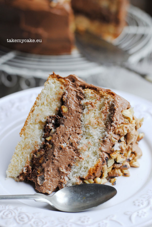 tort orzechowy z nutella