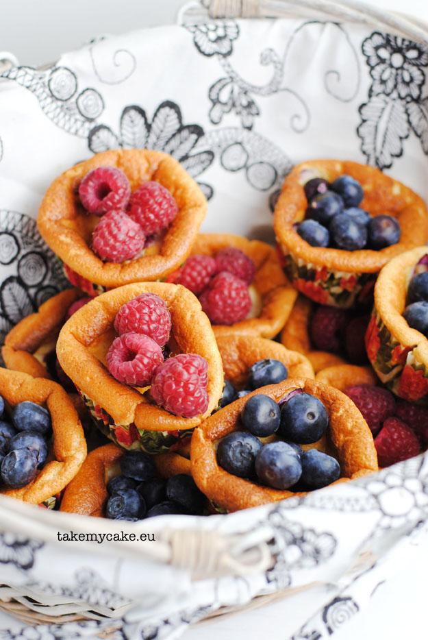 serniczki jogurtowe z owocami1