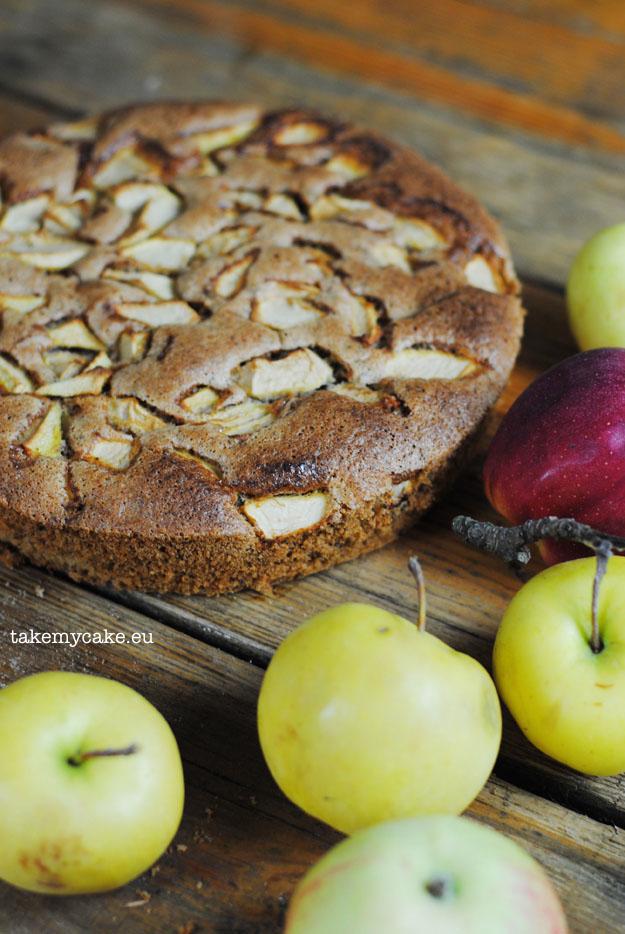 orzechowe-ciasto-bez-glutenu1