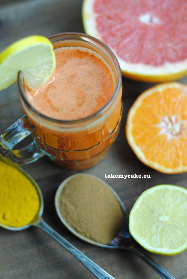koktajl marchewkowy z kurkuma1