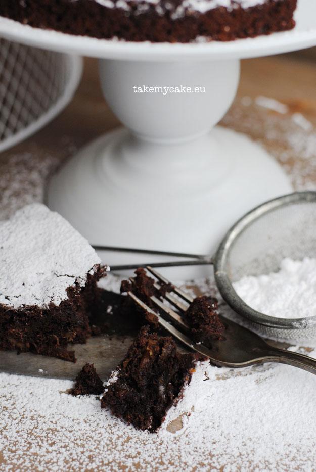 murzynek z kakao i daktylami