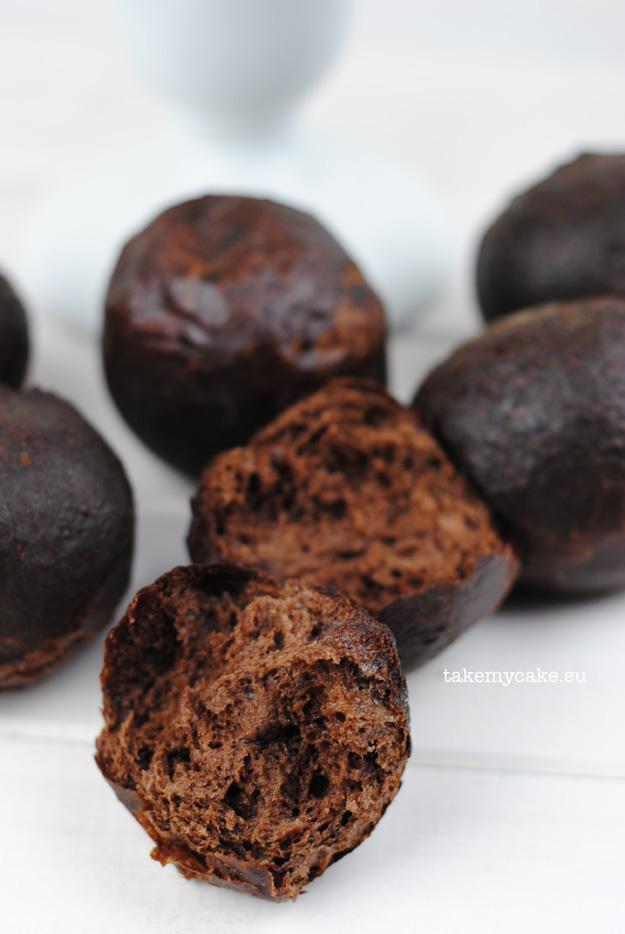 paczki kakaowe ze smietana i lukrem